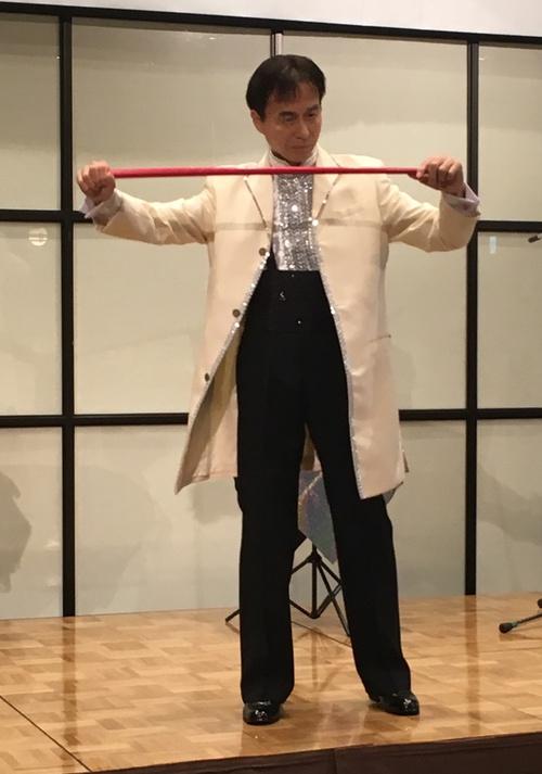 小学校イベントパフォーマンス出張マジックショーミッキー横田