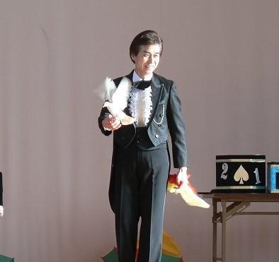 子供会向き愉快なマジックショーイベントに出張派遣岐阜県